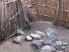 24-douche-tres-precaire-au-village-sans-latrine